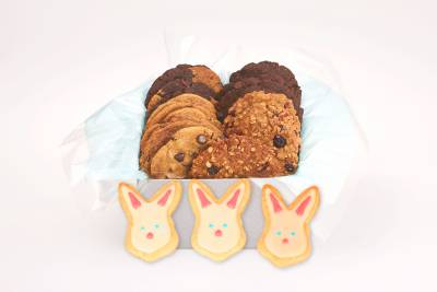 3 Bunnies Easter Gift Box