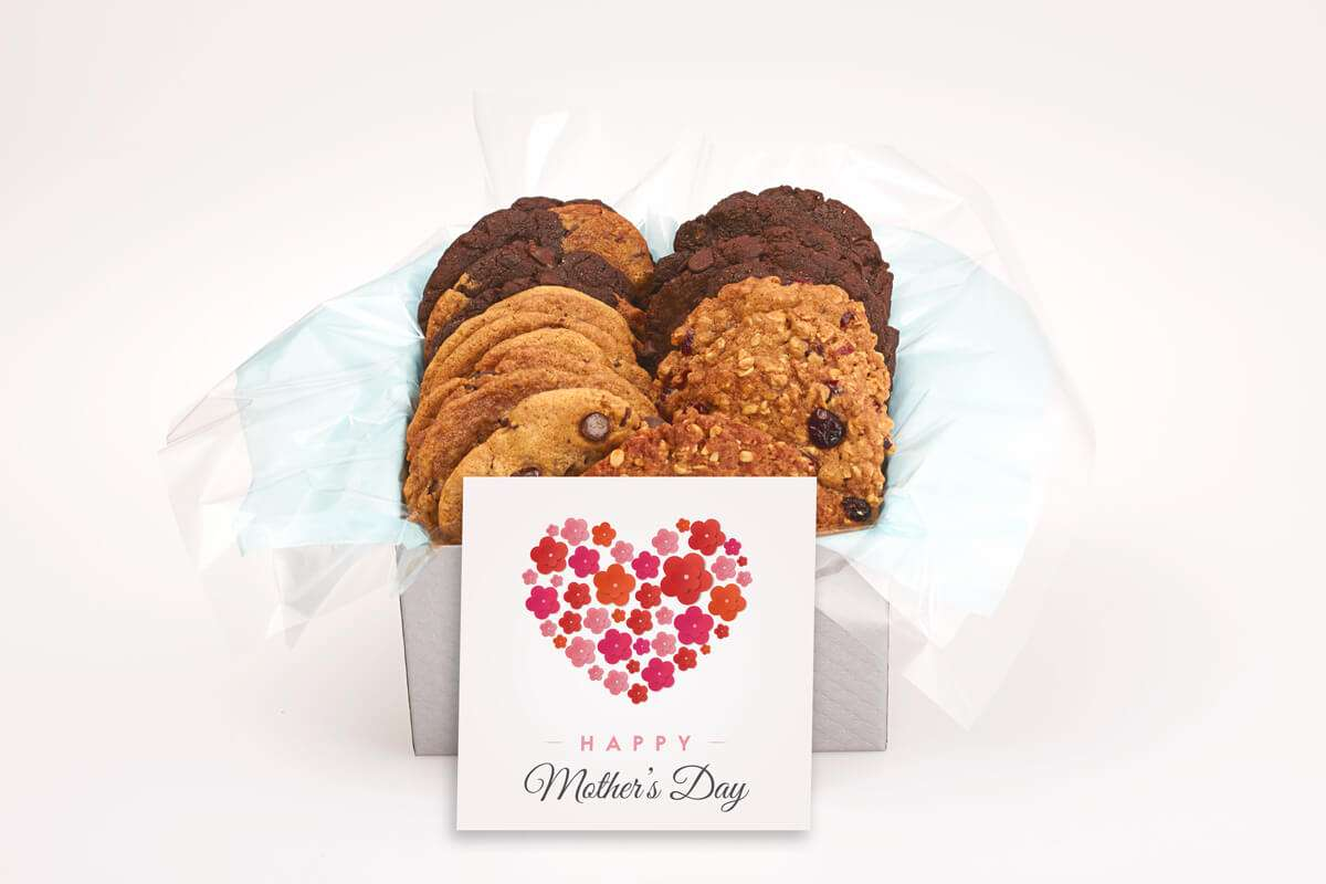 Happy Mother's Day Flower Heart Gift Box