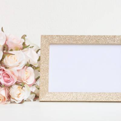 Select the Roses and a Gold Frame